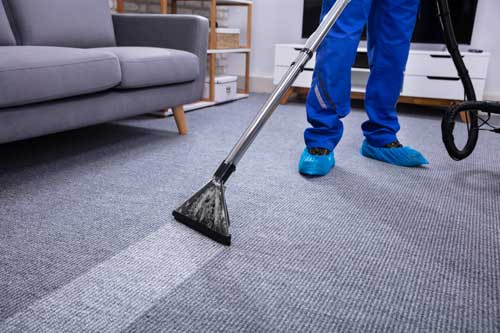 Clean carpet with the best Carpet Cleaner in Modesto - Mean Green Carpet Cleaners